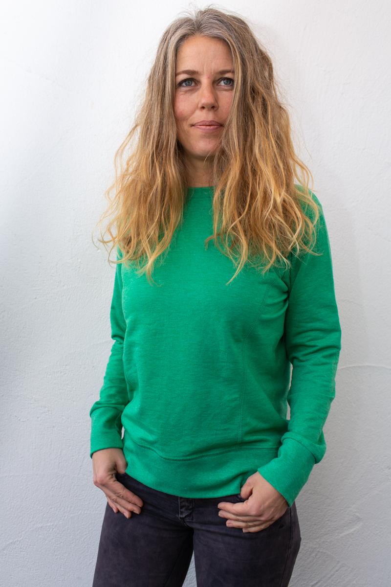 grün-Damenfleece-für-dialysepatienten-mit-individuellem-reißverschluss-diazipp-dialysebekleidung