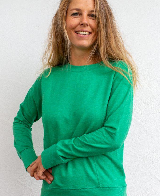 grün-Damenpullover-für-Dialysepatienten-mit-individuellem-Reißverschluss-Diazipp-Dialyse-Bekleidung