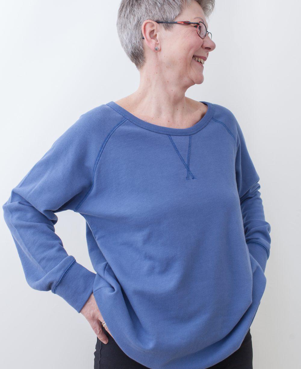 blau-damen-pullover-für-dialysepatienten-mit-individuellem-reißverschluss-diazipp-2