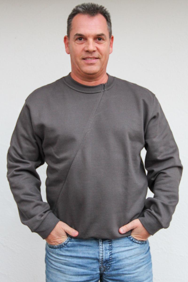 grau-Herren-pullover-für-dialysepatienten-mit-individuellem-reißverschluss-diazipp-dialysebekleidung-6