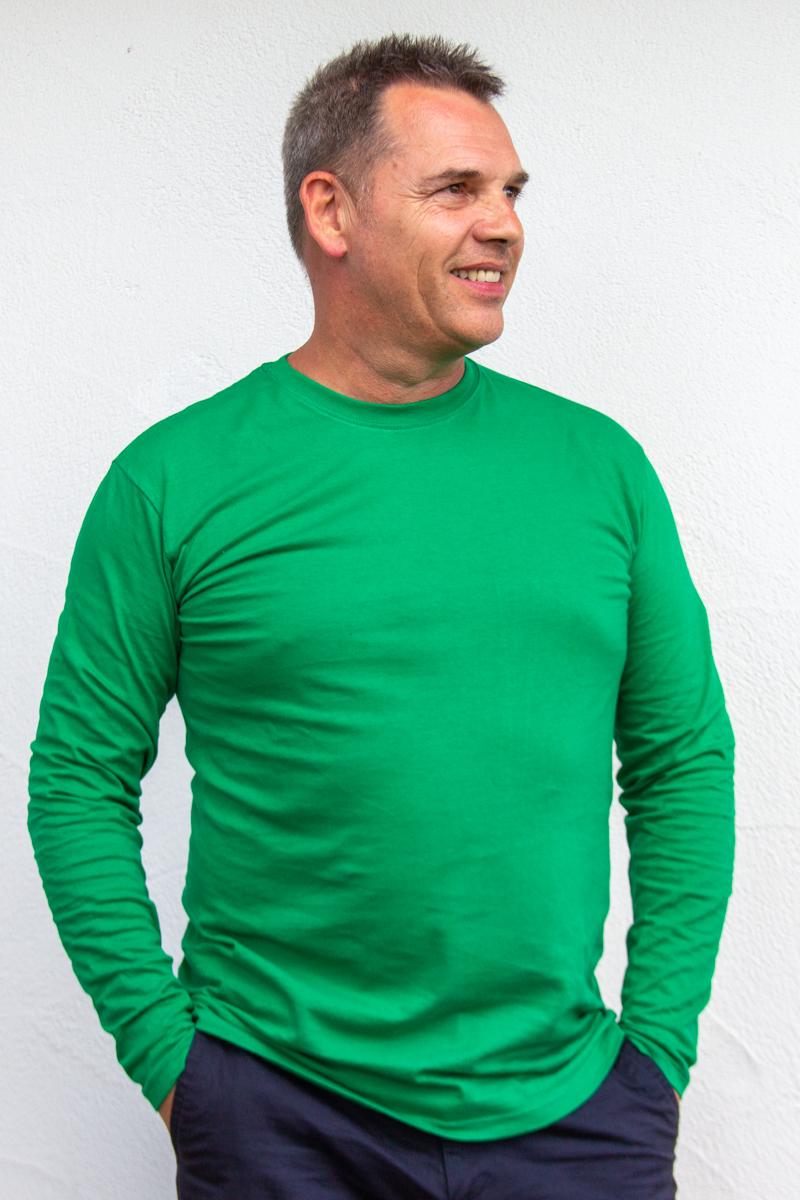 grün-Herren-Herrenlangarmshirt-für-Dialysepatienten-mit-individuellem-Reißverschluss-Diazipp-Dialyse-Bekleidung-Dialyse-Infusion
