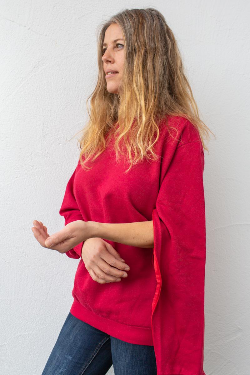rot-damen-bluse-für-dialysepatienten-mit-individuellem-reißverschluss-diazipp-dialysebekleidung
