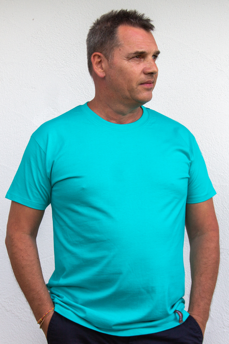 blau-Herren-Funktionsshirt-für-Dialysepatienten-Diazipp-Dialyse-Bekleidung-für-Port-und-Infusion