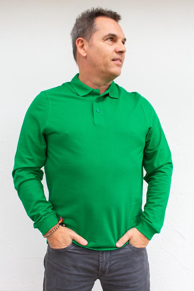grün-Herren-Rollkragenshirt-für-Dialysepatienten-mit-individuellem-Reißverschluss-Diazipp-Dialyse-Bekleidung